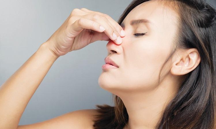 Vệ sinh mũi sai cách có thể khiến bệnh viêm xoang trầm trọng hơn